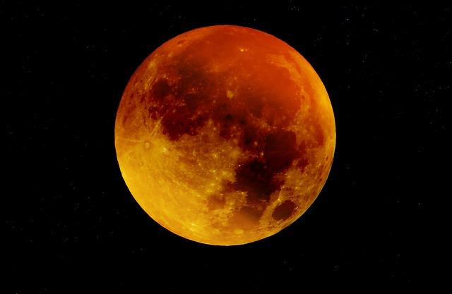 Asztrológia: Július 27-én a Vérhold háborgatja lelkünket!