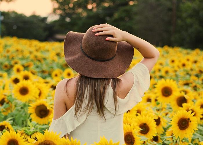 10 pozitív megerősítés, ami harmóniát, bőséget teremt az életedben!