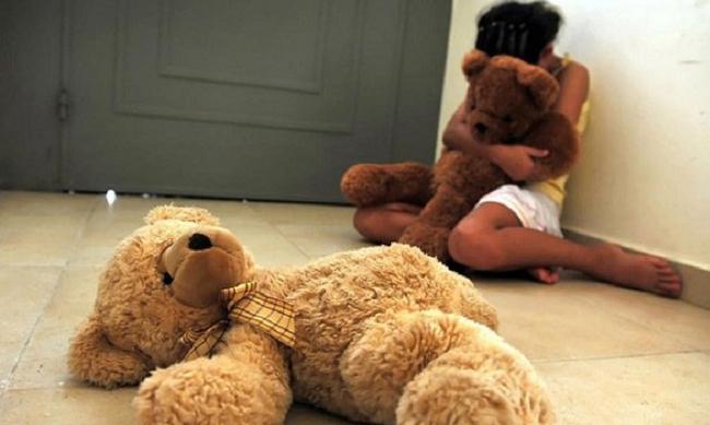 7 pszichológiai traumát, amely 100%-os befolyással lesz a gyermek életére, amikor felnő