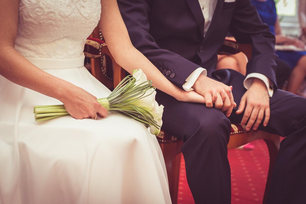 mérleg házasságkötés