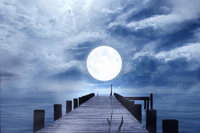 A szeptember 14-i Telihold, nagy meglepetéseket és szélsőséges átalakulásokat tartogat minden csillagjegy számára!