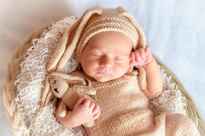 Mikor kell ágyba dugni a gyereket, hány óra alvásra van szüksége és mikor árt meg a sok alvás?