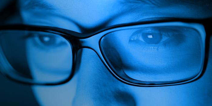 Egy új kutatás szerint a kék fény ugyan olyan vérnyomáscsökkentő hatással bír, mint a gyógyszerek