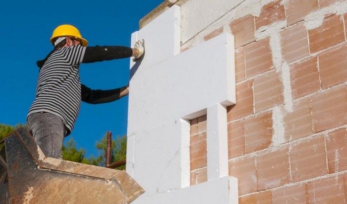 Az építész figyelmeztet: veszélyben vannak azok, akik polisztirollal szigetelnek