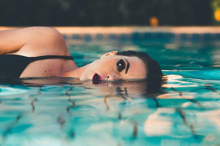 Mit jelképez a víz az álmodban? Ezt üzeni általa a tudatalattid!