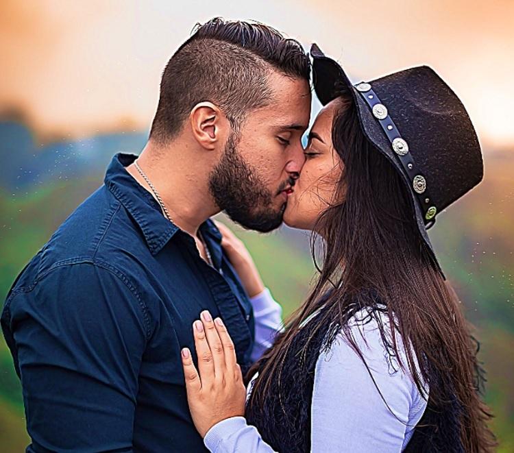 Ez történik, amikor először csókolod meg a lelkitársad