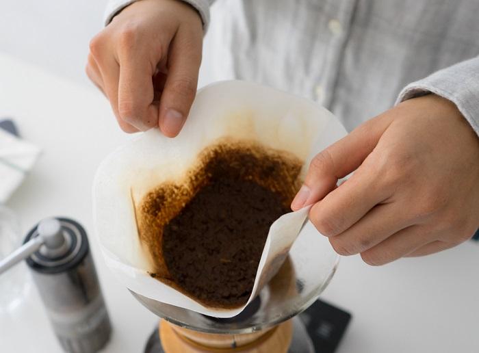 Ha egészséges és tökéletes bőrről álmodsz, próbáld ki a kávézaccot!