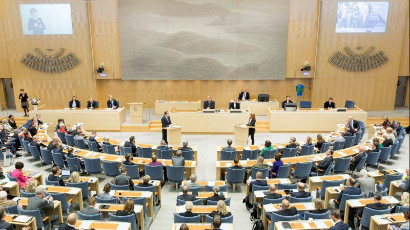 Svédország az egyetlen olyan ország, ahol a politikusok nem rendelkeznek kiváltságokkal!