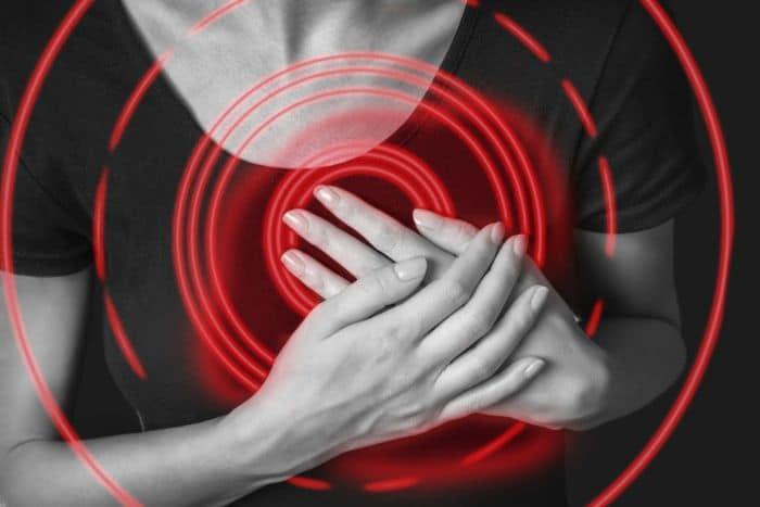 Innen tudod, hogy nagy a baj: 7 aggasztó tünet, amely szívproblémát jelezhet!