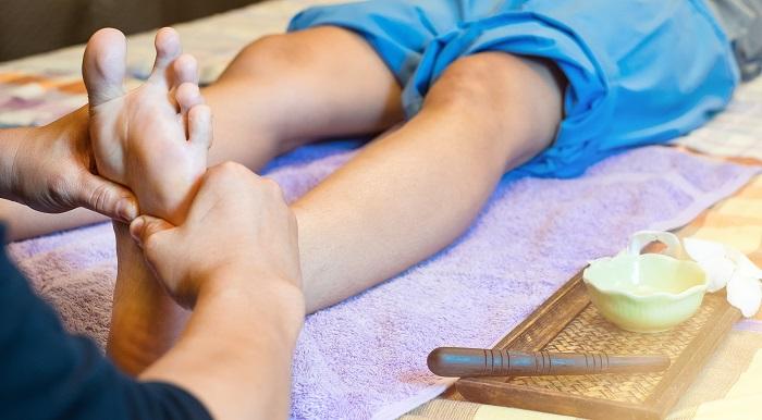 A talpunk a testünk tükre! Tanuld meg kényeztetni lábaid egy egészséges masszázzsal!